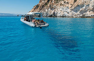 Private boat cruises to Poliegos