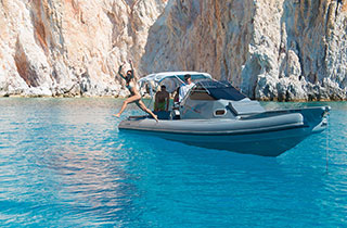 Private boat excursion to Poliegos and diving from the boat