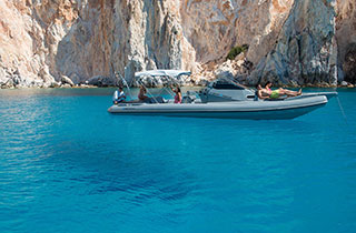 Private day cruise with a RIB boat to Poliegos